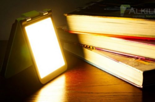 triplit_oled_light_books