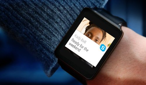 larger-15-Skype-AndroidWear-smartwatch1