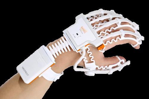 RAPAEL-Smart-Glove_NEOFECT-1-1200x799