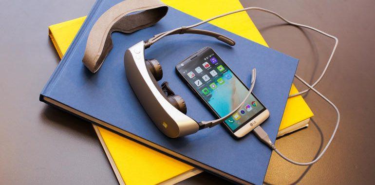 lg-vr-headset-12