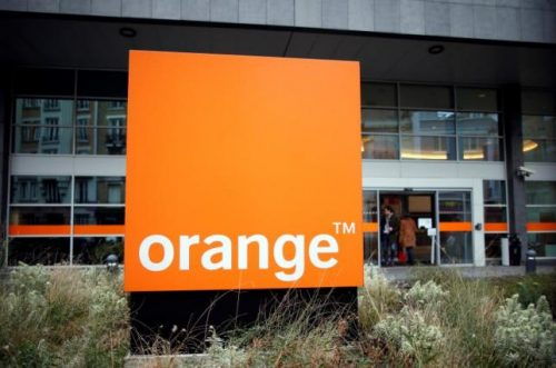 The Orange telephone company logo is seen at their headquarters in Paris, France, January 12, 2016.  REUTERS/Charles Platiau